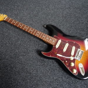 Squier Fender Classic Vibe Gauchère - atelier occazik